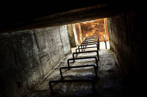 bunker-2359436__340